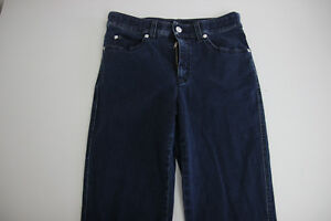 Armani-Collezioni-Womens-Jeans-size-28-Straight-Leg-Broken-Zipper