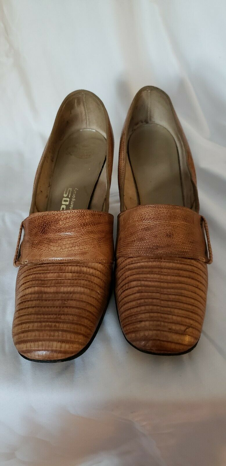 Tempo Genuine Alligator and Lizard Womens Pumps Size 6.5AA color Tan, 2.5  Heel