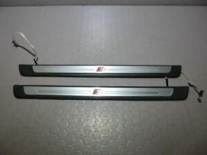 Audi-S3-8V-Einstiegsleisten-beleuchtet-Leisten-side-skirt-A3-8V4947418-8V4947417