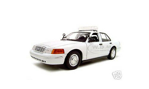 2001 FORD CROWN UNMARKED POLICE CAR WHITE 1 18  DIECAST MODEL BY MOTORMAX 73517