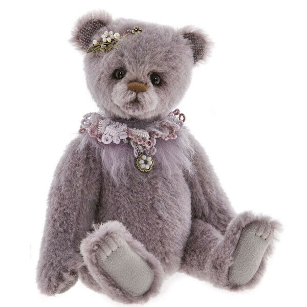 Ophelia, un 22.9cm Bear From The 2019 Isabelle Bears Collezione