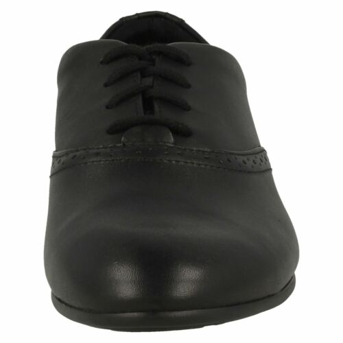 R42A Clarks Jules Walk Girls Black Leather Lace Up G Fit School Shoes