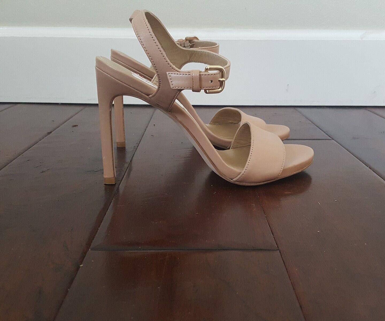 NEW Stuart Weitzman Nude Leather Womens High Heels Sandals 8 W