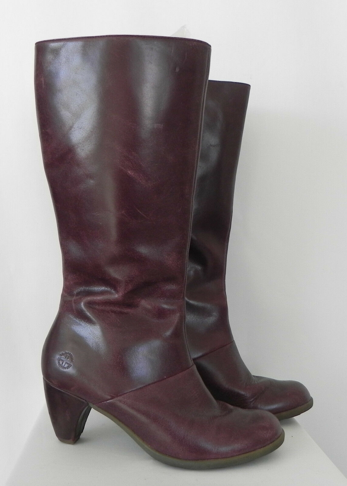 Dr. Martens Knee High Boots Leather Distressed Burgandy Full Zippered Size 8 L