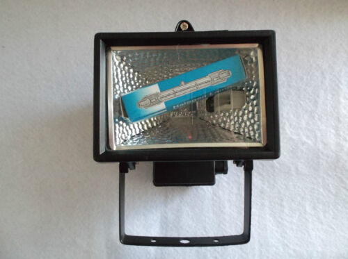 HALOGEN FLOOD LIGHT C//W LAMP IP54 RATED 150W MAX SMALLER VERSION IN BLACK