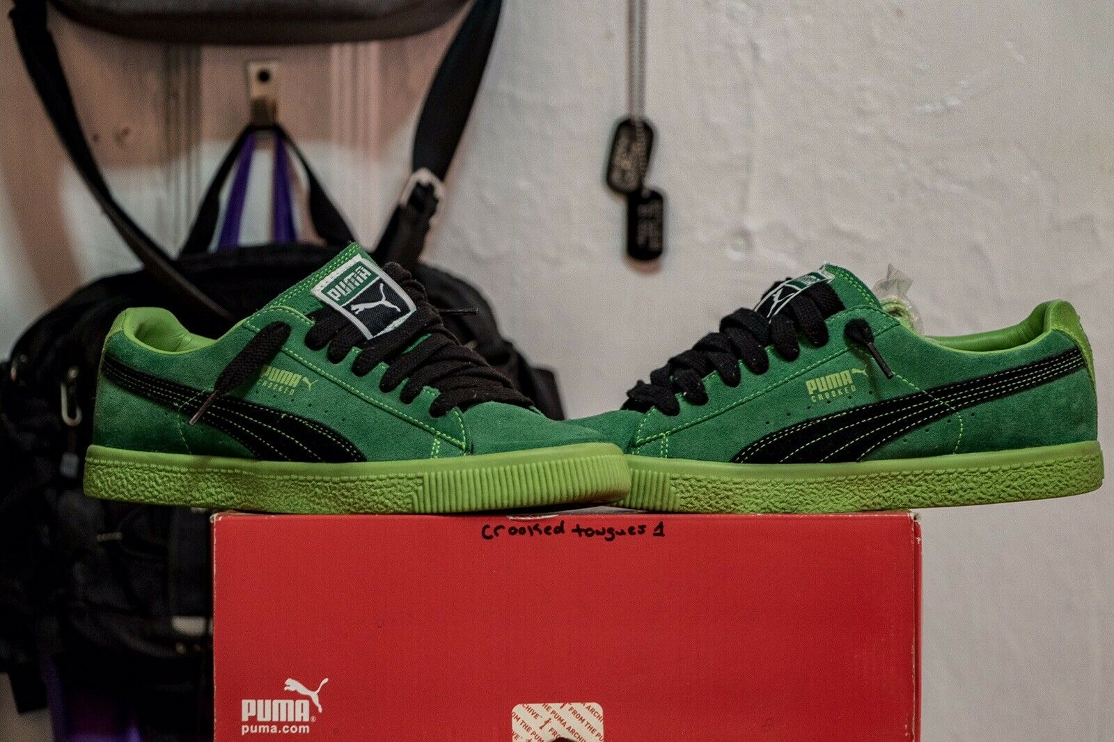 PUMA X CROOKED TONGUES CLYDE SIZE 8 Amazon Green