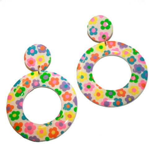 Blush Daisy Earrings - kitsch cute hand made