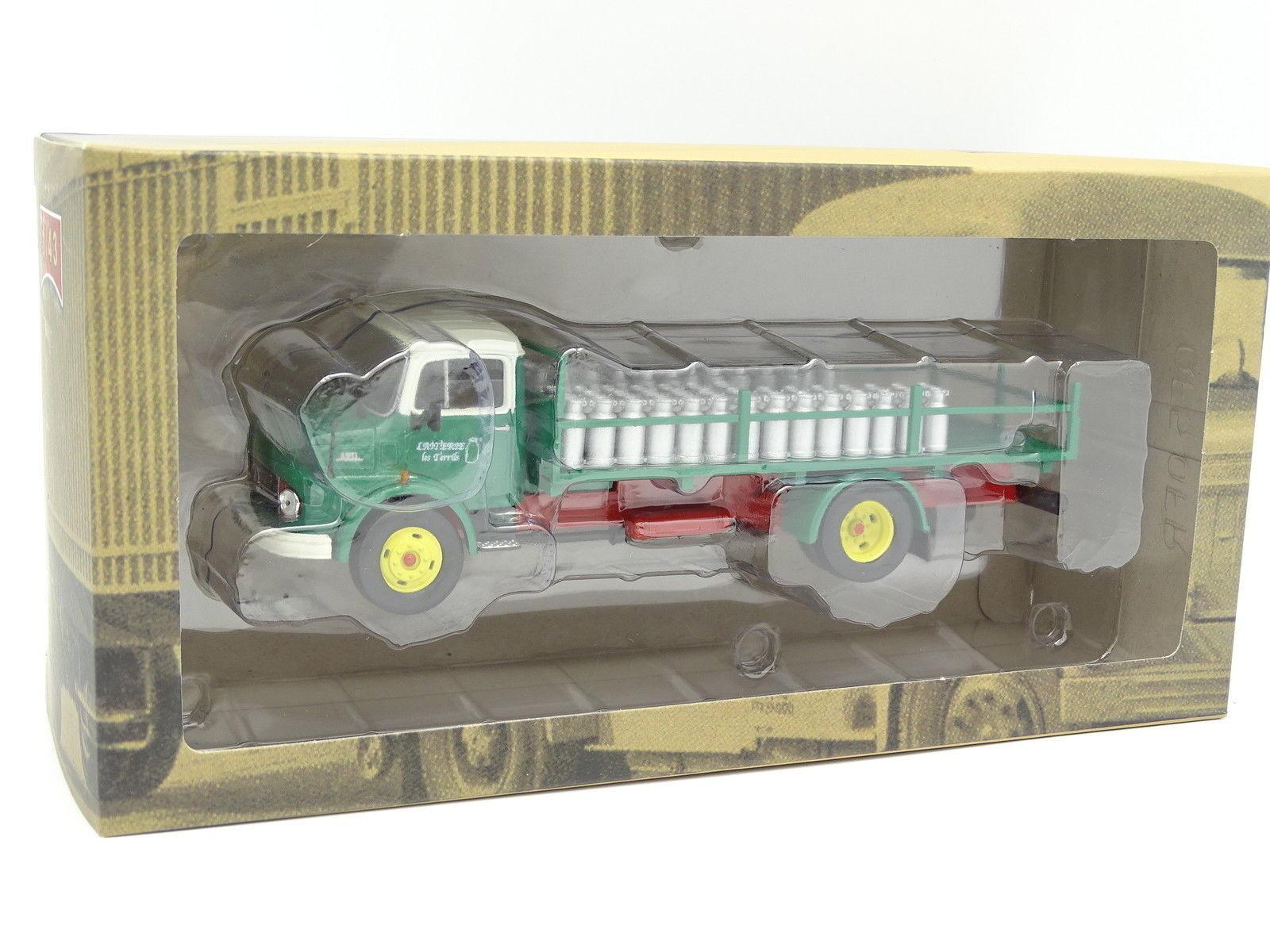 Ixo Camion d'Autrefois 1 43 - Mercedes L911 Laiterie