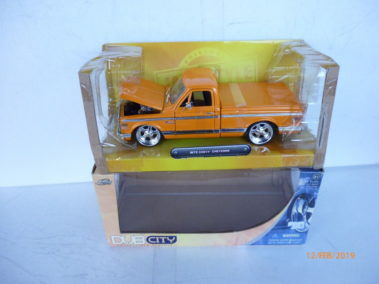 JADA 1 24 DIECAST FORD FORD FORD GT 2005 IN orange NEW IN BOX b605f5
