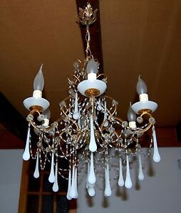 ancien lustre pampilles opaline blanche chandelier drops ebay. Black Bedroom Furniture Sets. Home Design Ideas