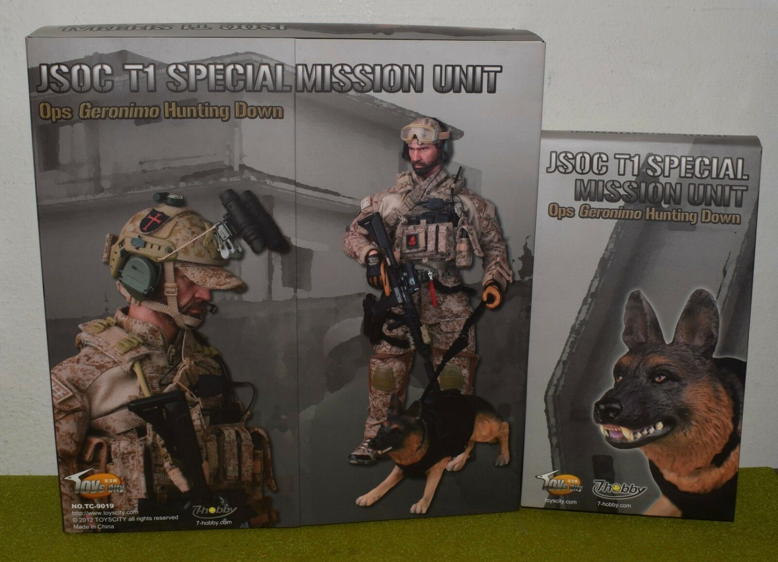 TOYS CITY 1 6 SCALE MODERN US JSOC T1 SPECIAL MISSION UNIT with DOG