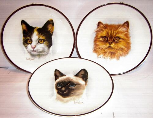COLLECT WALL PLATES CATS and FELINES click SELECT to browse or order
