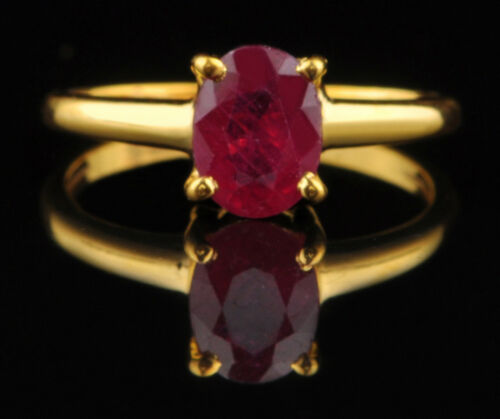 1.40 Carat Natural Burmese Red Ruby 14KT Yellow Gold Oval Shape Solitaire Ring