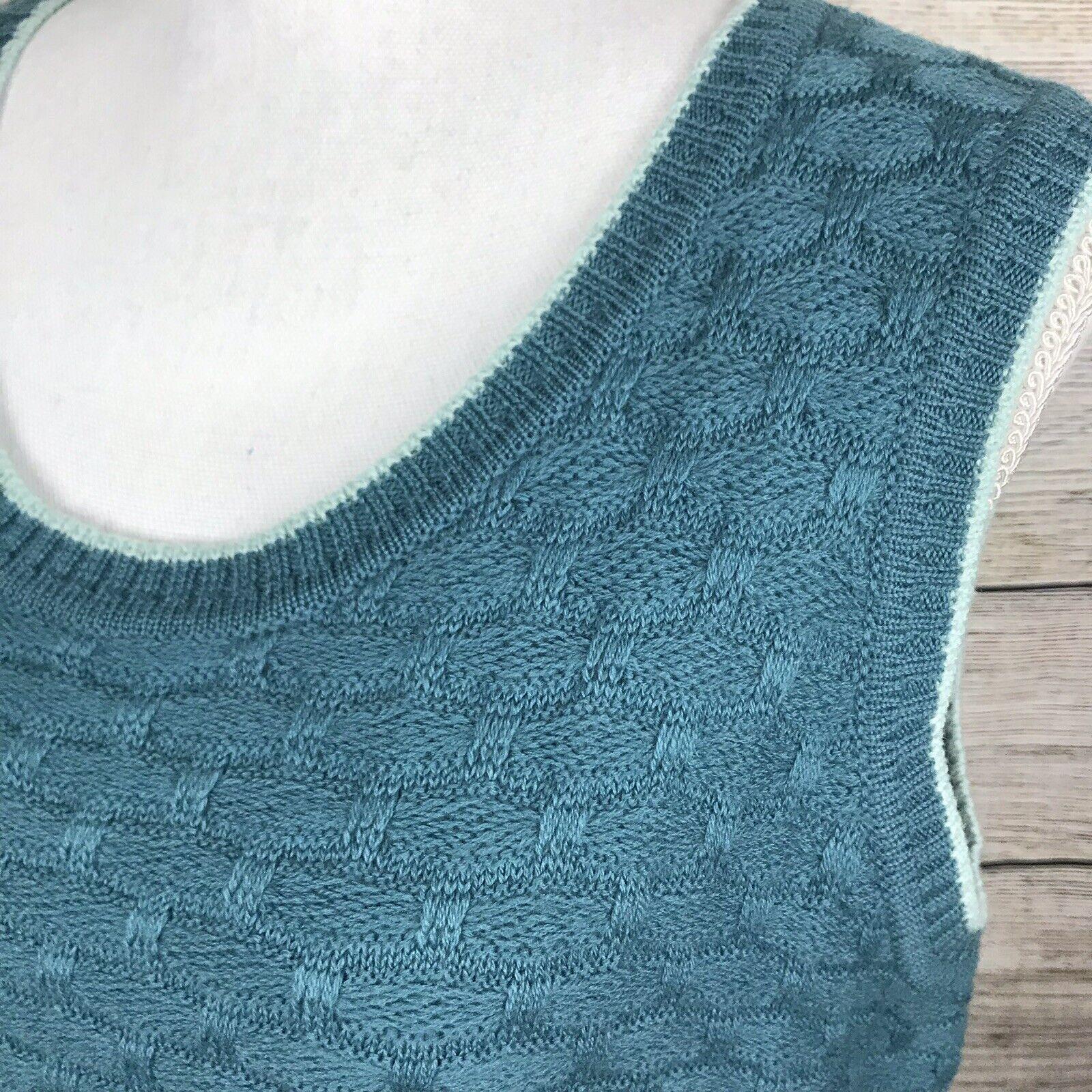 St. St. St. John Size Large Wool Sleeveless Knit Sweater 8a87f0