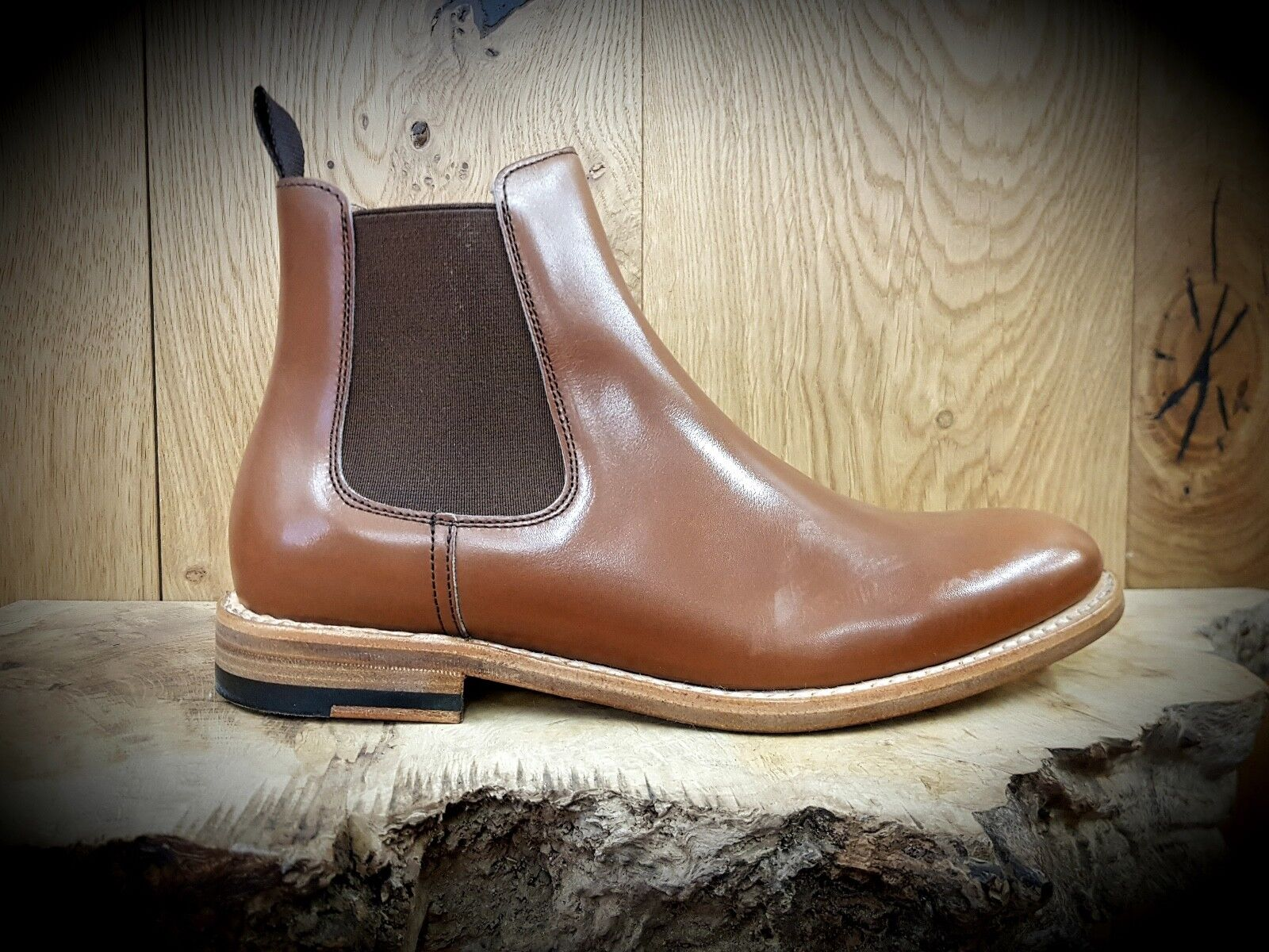 BERWICK    162 Boxcalf gold    Womens Handmade Tan Chelsea Boots    NEW