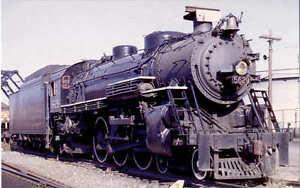 Grand-Trunk-Western-4-6-2-steam-locomotive-railroad-train-postcard