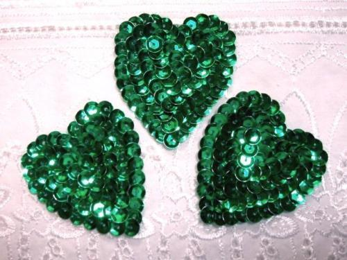 K8395 A ~ LOT OF 3 ~ GREEN HEART SEQUIN APPLIQUES ~ 2 /""