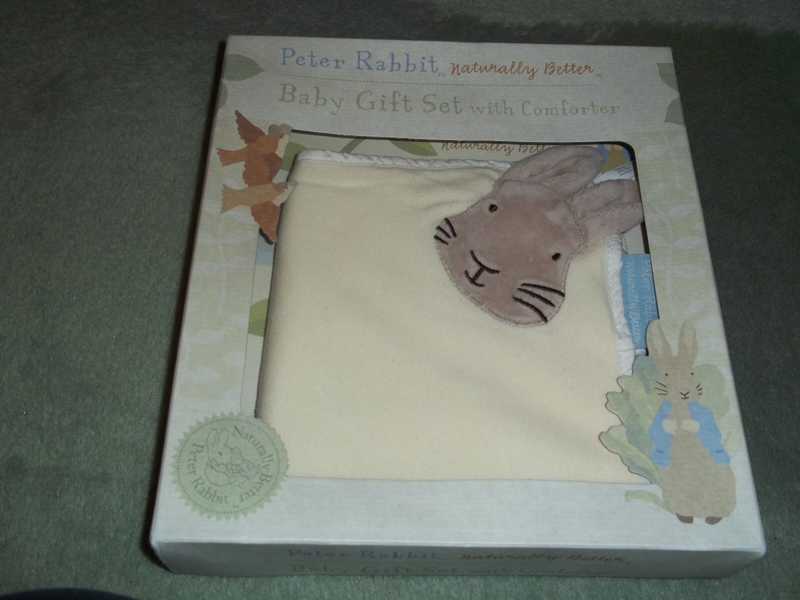 PETER RABBIT    NATURALLY BETTER  BABY GIFT SET WITH COMFORTER 7c2f85