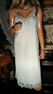 VTG 50'S VANITY FAIR SZ 42 44 NIGHTIE FULL SLIP LINGERIE SILKY NYLON LACE BLUE
