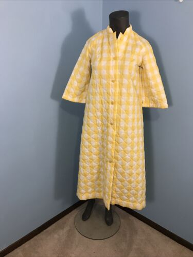 Vintage Yellow Checked Squares Quilted Robe Housec