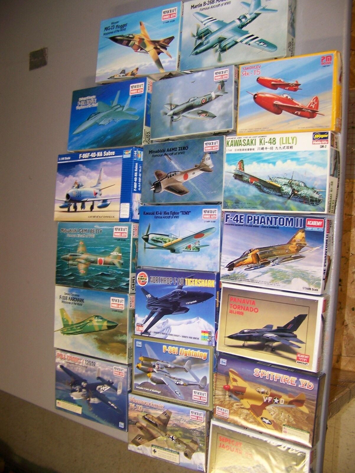 1  144 WWWII & Moderna flygagagplan x 19 NIB