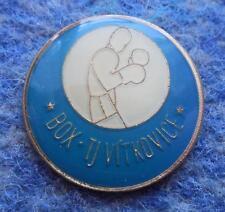 BOX TJ VITKOVICE CZECH REPUBLIC BOXING CLUB 1990's PIN BADGE
