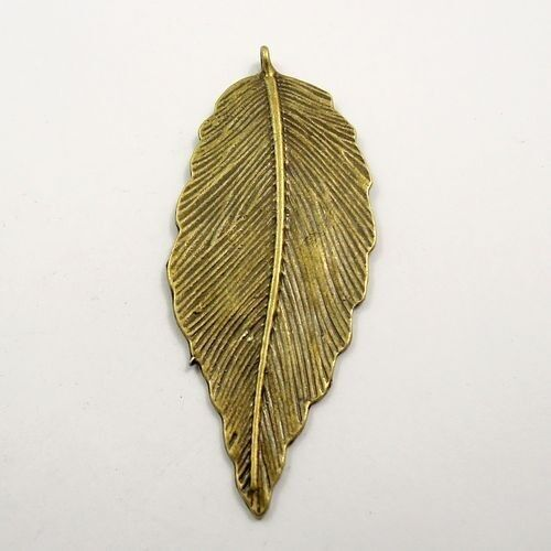 31791 Antiqued Bronze Tone Alloy Large Leaf Shaped Pendant Charms 66*30mm 10pcs
