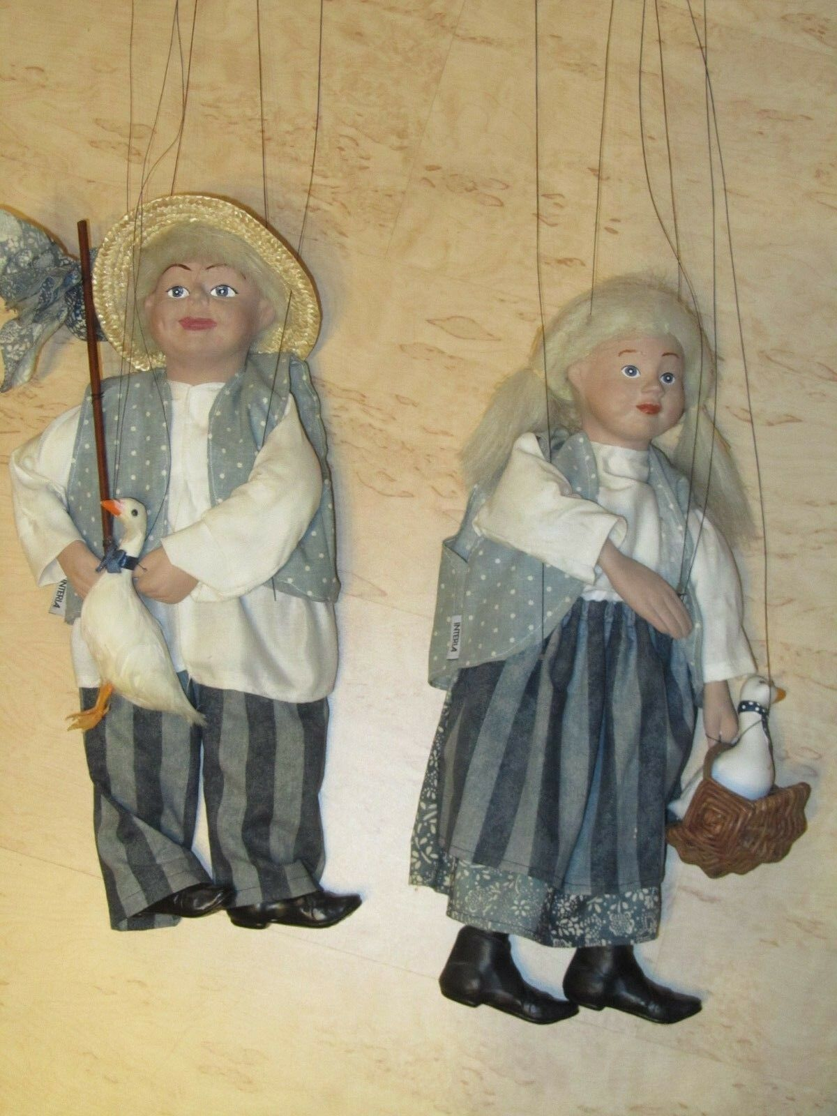 2 Marionetten / Interia, u.a. Gänsemagd, ca.40cm / handgearbeitet, Keramik