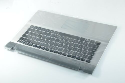 100/% NEW KEYBOARD WITH UPPER CASE WITH TOUCHPAD FOR SAMSUNG NP-QX410 QX411 US
