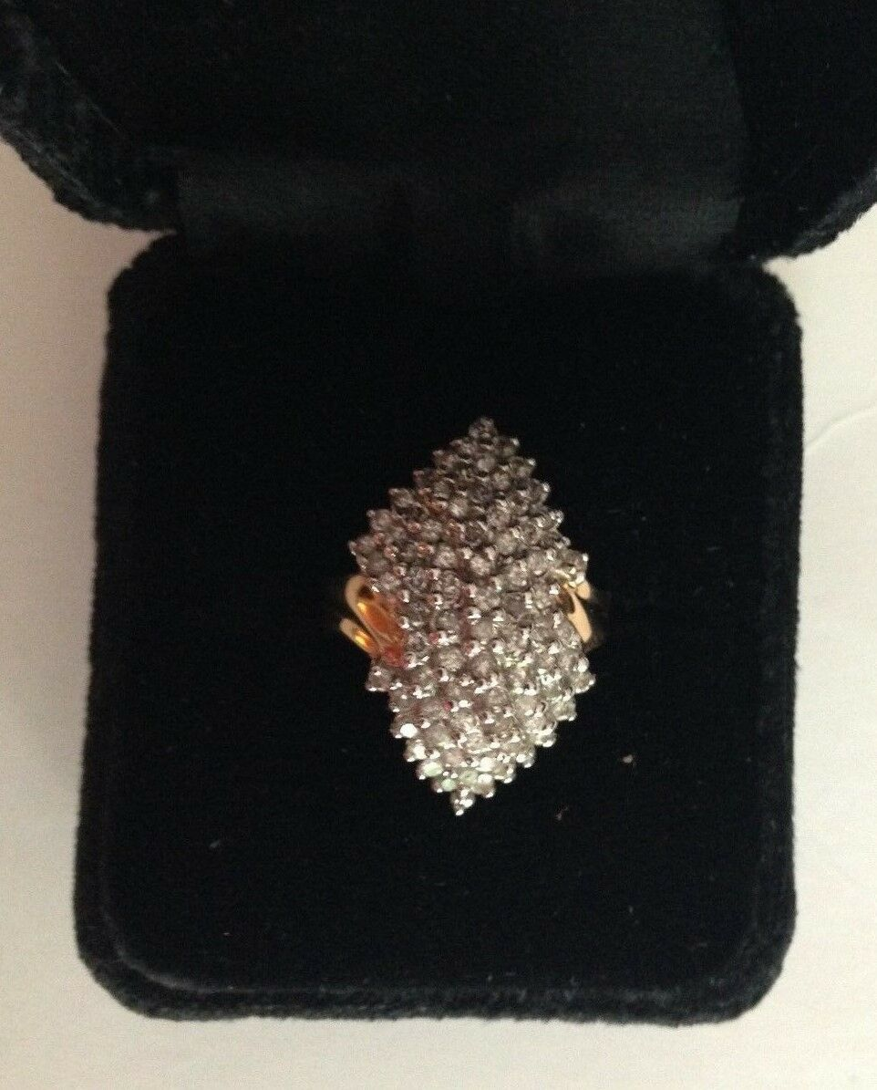 1Carat Diamond 98 SD 14karat yellow gold Ring Size 4 Mint