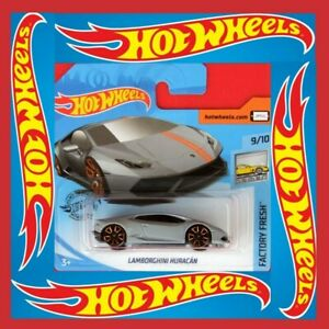 Hot-Wheels-2019-Lamborghini-brochure-245-250-neu-amp-ovp