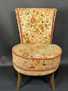 Vintage-Bedroom-Vanity-Chair-Upholstered