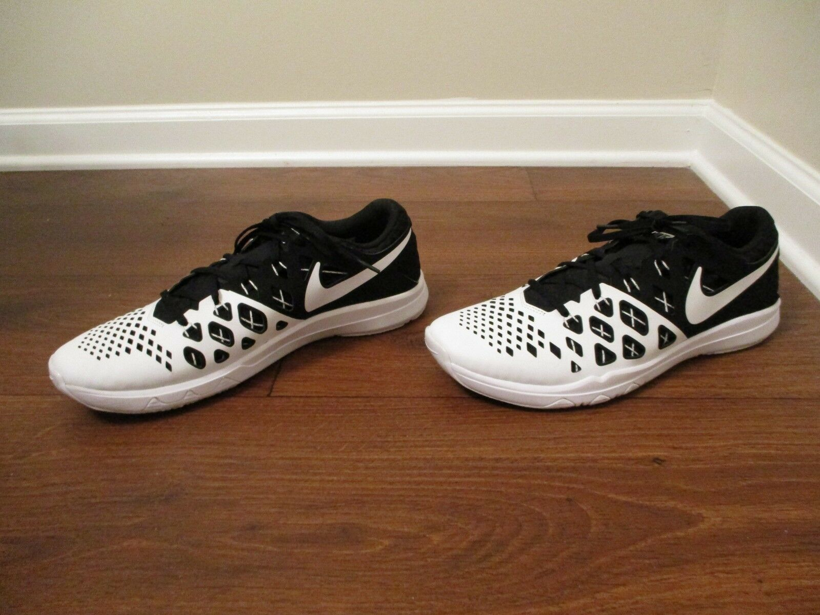 Used Worn Size 12 Nike Train Speed 4 TB shoes Black & White