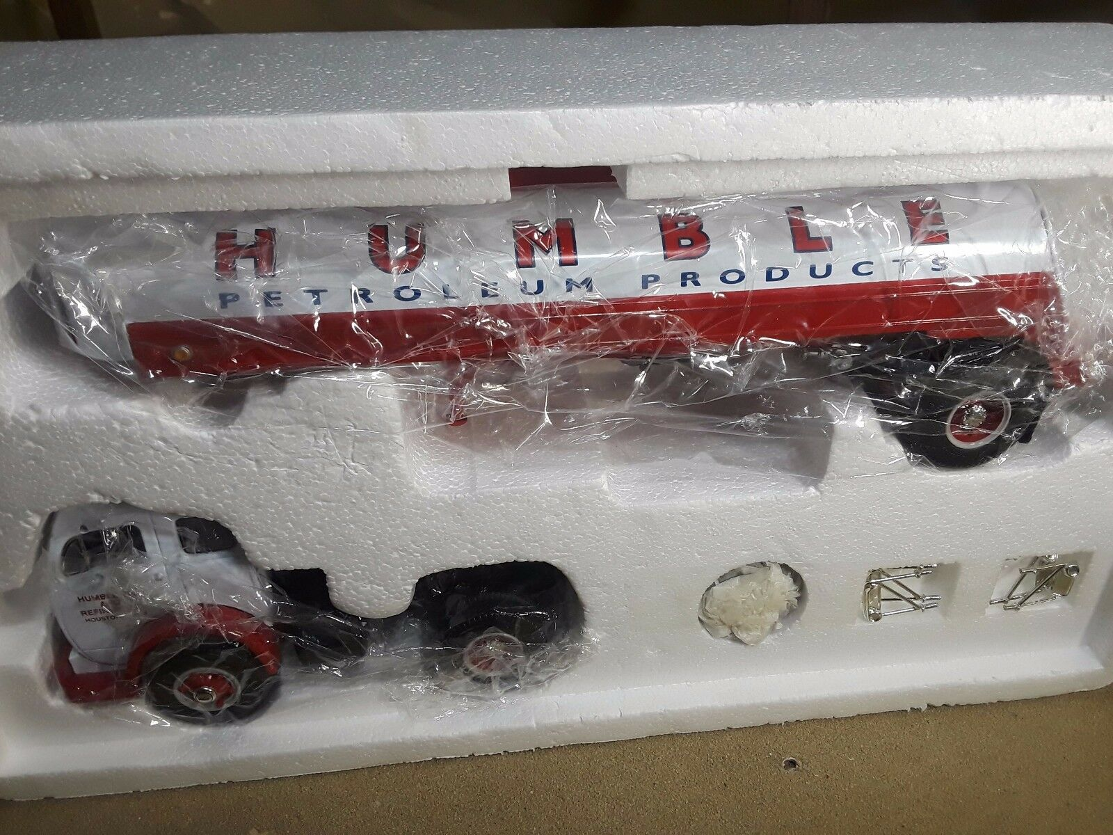 First Gear- Humble Petroleum  1953 White 3000 Tractor & & & Trlr 1 34 886ba8