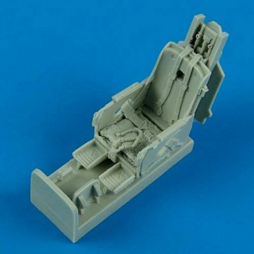 Quickboost 1//48 Republic F-105D Thunderchief Ejection Seat w//Safety Belt # 48500