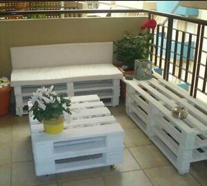 Divani e tavolino realizzati con pallet bancali eur epal for Divani da terrazzo