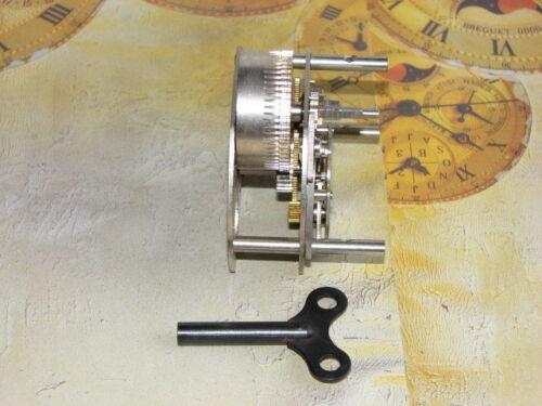 UHRWERKE und Uhrenschlüssel CLOCKWORK and Key NEW OLD STOCK