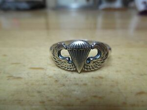 Mens-US-Army-Airborne-Basic-Parachutist-Jump-Wing-Ring-Mini-Version-paratrooper