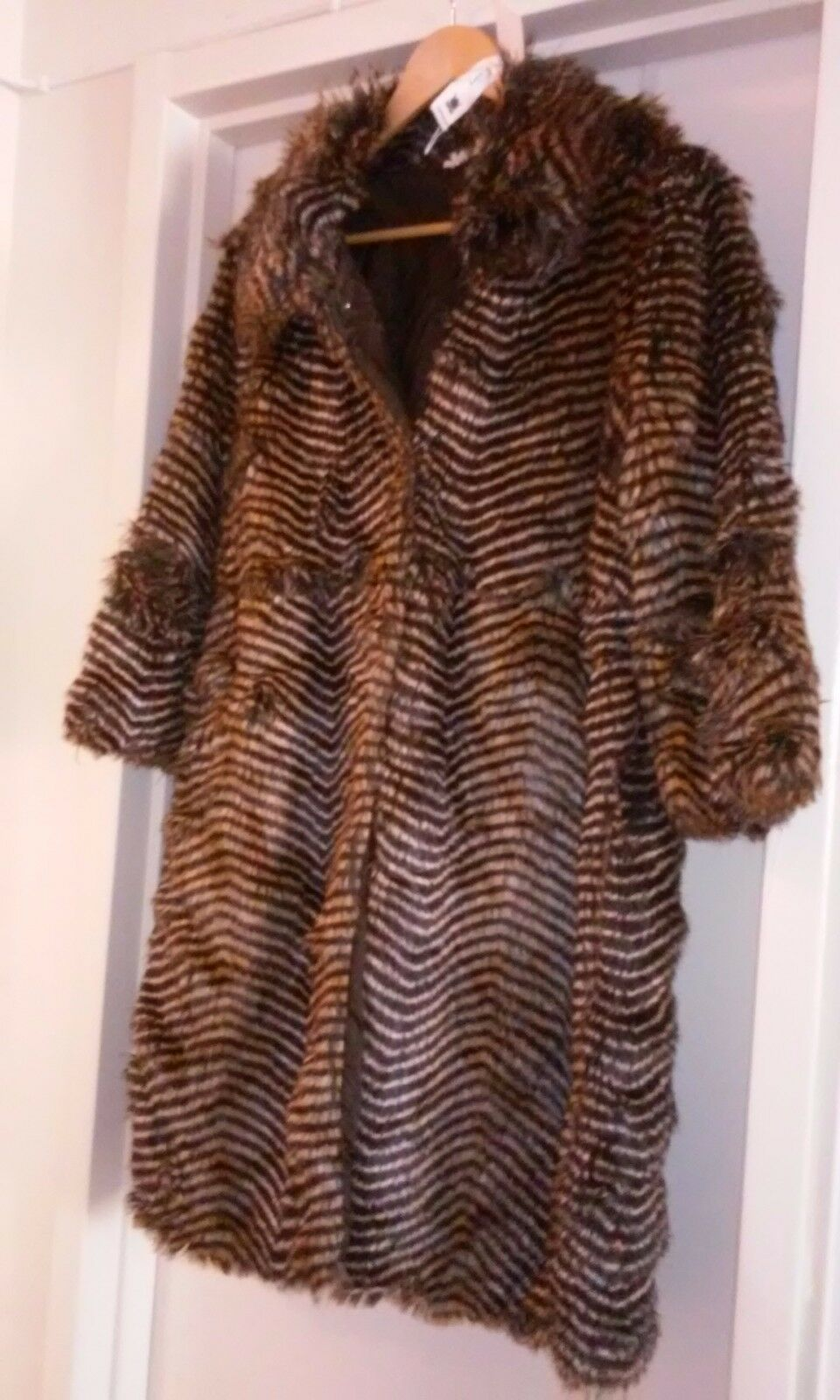 Womans light weight animal print coat, cut alittle alittle alittle small size l 499be5