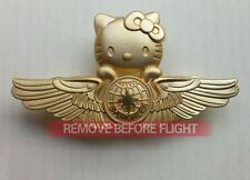 Hot Airlines EVA Hello Kitty Flight Badge Airways Golden Wings Pin Flying Medal