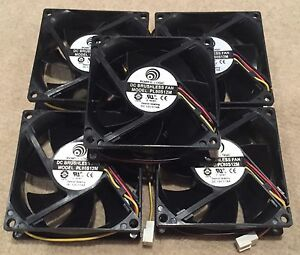 5-x-Black-12V-80mm-x-80mm-x-25mm-Brushless-PC-cooling-Fan-cooler-3-Pin