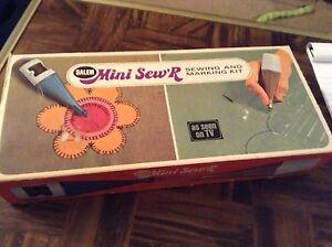 Vintage Salem mini Sew'R