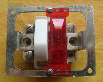 1 Mécanisme bouton poussoir Legrand Chambord