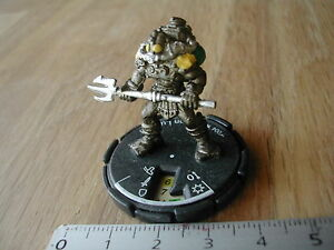 N-004-IRON-LUG-MAGE-KNIGHT-MINIATURE-FANTASSIN-AQUATIQUE-71