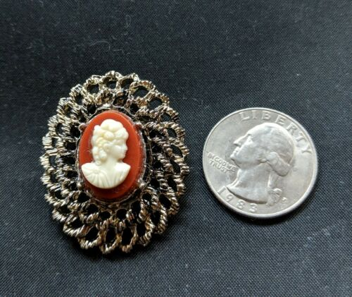 Vintage Red Background White Face Lady Head Cameo Brooch Pin Braided setting