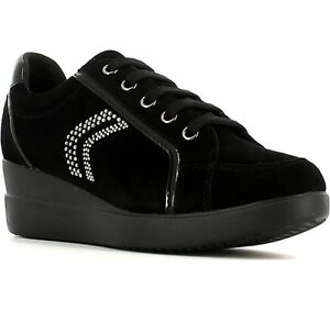 timeless design d609f 9d7be Details about GEOX SCARPA DONNA SNEAKER STARDUST D5430A 021HH CAMOSCIO +  VERNICE SINT. NERO