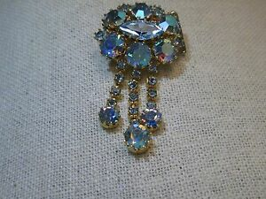 Vintage-Gold-Tone-A-B-Rhinestone-Brooch-with-Dangle-Strands-2-034