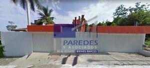 Ixtapa Casa en Residencial Campo de Golf  con alberca (C-120)