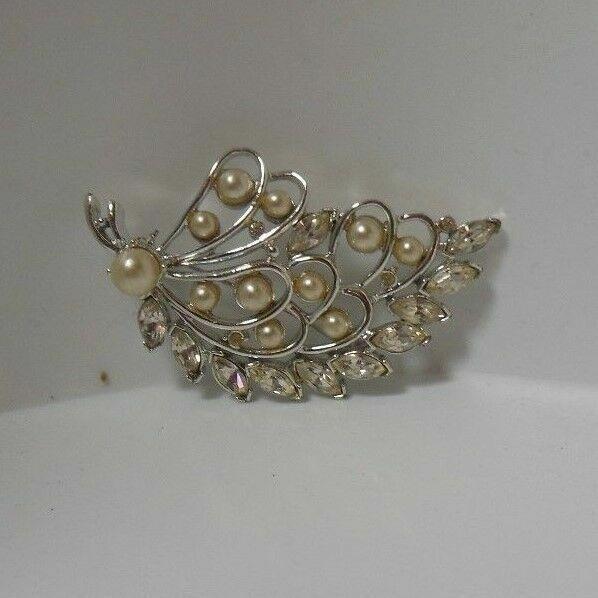 Vintage Kramer Rhinestone/Crystal/Faux Pearl Leaf… - image 2