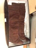 Carlos by Carlos Santana Women's Caress Knee High Fashion Boots Brown Size 9 M